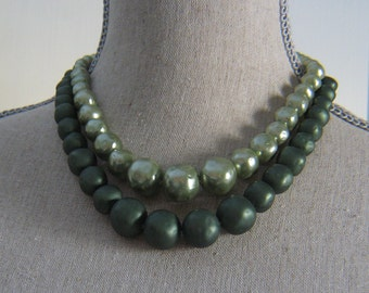 Vintage Double Strand Two Tone Green Plastic Pearl Necklace