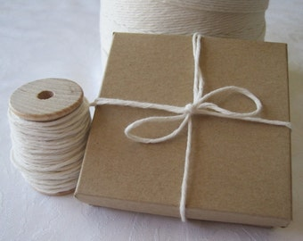 Twine, Bakers Twine, Natural Cotton Twine, String, Box Twine, Bakery Twine, White Twine, Gift Wrapping, Gift Wrap, Wood Spool 25 Yards