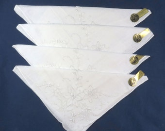 4 Vintage Irish White Linen Napkins with Tags Embroidered in Portugal Gerbrend