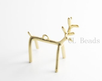 One Piece Matte 16K Gold Plated Base Metal Charms - Reindeer 32x29mm (46C)