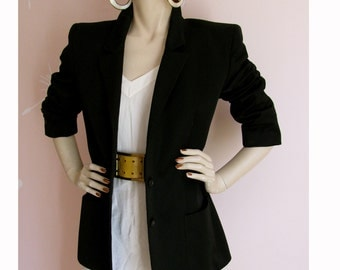 GIVENCHY GIRL VIntage 1980s Super Sleek Fitted Black Wool Blazer Made in Italy