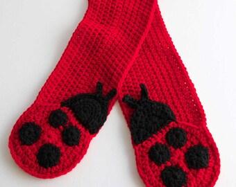 Little Ladybug Crochet Pocket Scarf Pattern - PDF