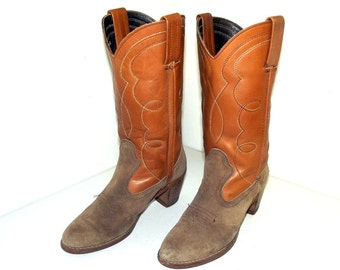 Tan brown Womens boots with high heels - size 8 Narrow - Dexter brand