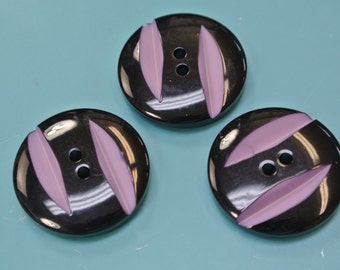 Lot of 3 unusual larger vintage 1980s unused carwed light purple/lilac and black plastic buttons for your sewing prodjects