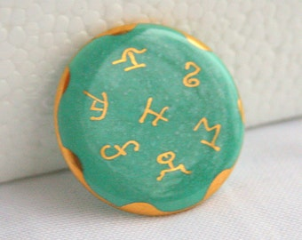 Jade Green Ceramic Brooch Vintage Cloisonne Style Ceramic Gold Egyptian Hieroglyphics