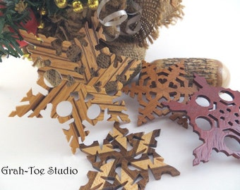 Christmas Ornaments Wooden Snowflakes Decorations Yule Hanukkah Holidays Winter Garland Ornament