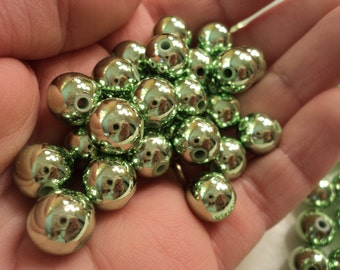 "Spring Green ""Christmas Ball"" Beads 9mm - set of 50"