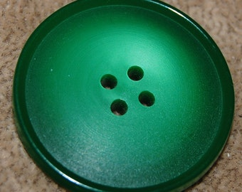 Vintage Huge Art Deco Kelly Green Extra Fancy 33mm Buttons P1L
