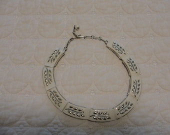 Antique Coro silvertone necklace