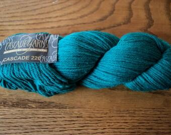Cascade 220 Worsted Weight Wool Yarn - 220 yards - Jade 7813