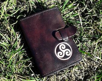 Celtic Triskel Symbol Handpainted Credit Card Wallet For 6 Credit Cards - FREE Shippng Worldwide - Leather Credit Card Holder