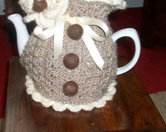 "Knitted Tea Cosie "" Harvest Home """