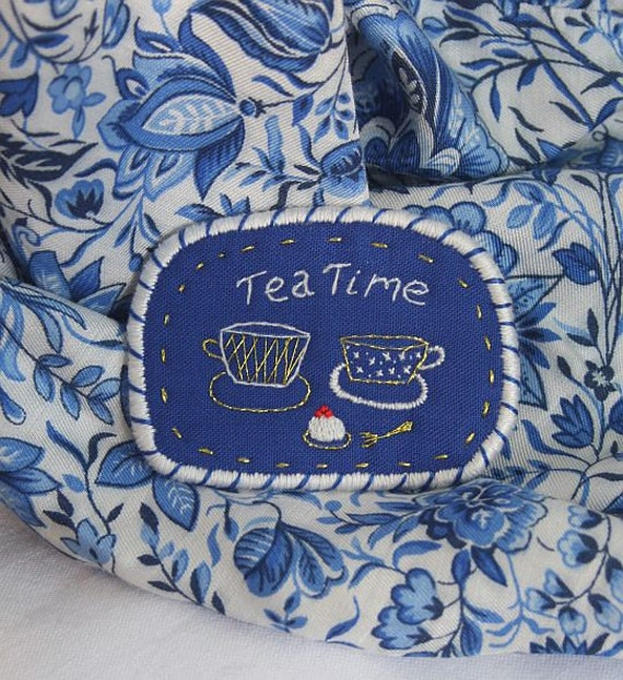 "Brooch  ""TeaTime"" - 5 O'clock Tea in garden or Blue Onion Porcelain - collection, hand embroidery"