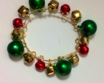 Balls and Bells Stretch Christmas Bracelet