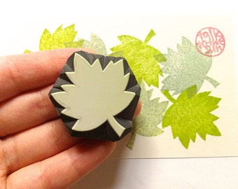 maple leaf rubber stamp. leaf hand carved stamp. woodland stamp. diy thanksgiving christmas holiday card making. scrapbooking. autumn crafts