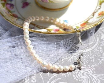 fatdog Bracelet - B 1120 Freshwater Pearl Single Strand with Sterling Silver Filigree Heart Toggle 8 Inch