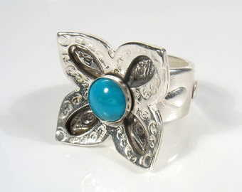 Sterling silver flower and cabochon gemstone,ring.Statement ring.