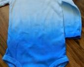 Grad Dye Onesie - Carter's Size 9 months - Long Sleeve