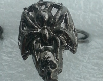 1960s-70s Metal SPIDER On SKULL Ring from Toy Machine