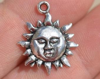 10  Silver Sun  Charms SC1793