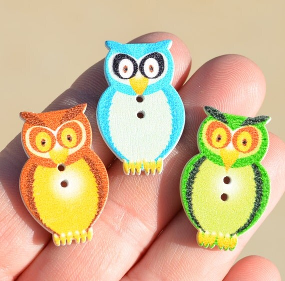 20 Multi Color Wood Owl Shaped Buttons Bn137 From