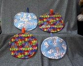 Table Protector Hot Pads, Puzzle Pieces N Dominoes Prints