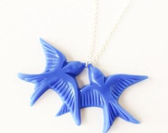 Royal blue resin swallow love birds silver necklace