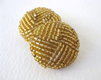 Vintage Button Glass Seed Beads Gold Bridal Sewing Shank 26mm but0192 (2)