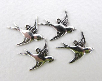 Bird Charm Sparrow Antiqued Silver Ox Swallow Flying Right 17mm chm0241 (4)