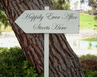 HaPPiLy EVeR AfTeR SiGn - HaPPiLY EVeR AfTeR STaRTs HeRe ARRoW SiGn - LaRGe DiReCTioNaL WeDDiNg SiGn - 4ft Stake - 20 X 7 Sign