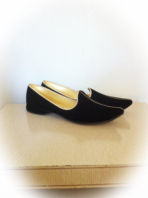 Vintage 1960s Daniel Green Slippers House Shoes Black Velvet