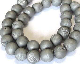 14mm Druzy type round beads silver matte titanium coated