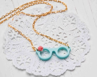 Eyeglasses Necklace.Tiny Reading Glasses,Bookworm Necklace,Librarian Necklace,Retro Eyeglasse,Cute Geek,Teacher Pendant,Reading Necklace