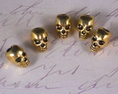 5 Gold Skulls Large 4mm Top Hole Skull Beads 12mm 3D - fits large Fashion Chain or Cord (P1389)