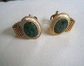 Vintage Cufflinks Oval Green Stone Insert Gold Tone
