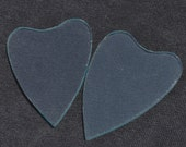 2 pairs of heart-shaped hand-cut glass (tall)