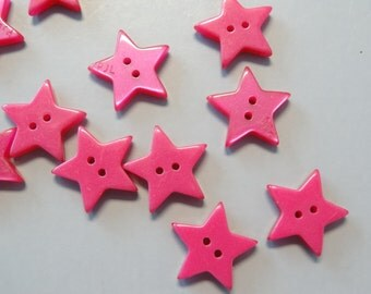 Lot of 50 Star Buttons 15mm B170