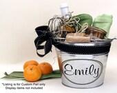 Personalized Gift Bucket, Custom Metal Pail, Bridesmaid Gift, Housewarming Gift - Medium Size (3qt)