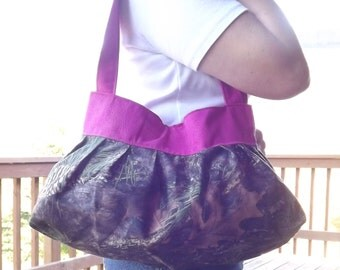Camo and bright pink sunday purse