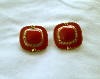 Vintage, Ruby Red Square Clip Ons : C10