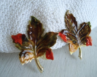 Vintage Coro Maple Leaf Leaves Clip On Earrings Autumn Brown Rust Olive
