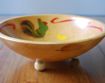 Mid Century Woodenware bowl by Rio Grande - painted chickens design - cottage chic - rustic