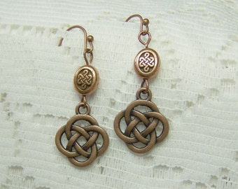 Antique Copper Celtic Knot earrings, Celtic Love Knot, lrish Love Knot, St Patricks Day, Irish Jewelry, Celtic Jewelry, Renaissance