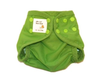 Small PUL Diaper Cover with Leg Gussets- 6 to 12 pounds- Spring Green- 21009