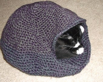 Free Crochet Pattern For Cat Bed : Popular items for crochet cat bed on Etsy