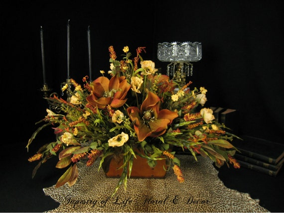 Colorful Dining Table Centerpieces: Old World Dining Table Centerpiece Floral Arrangement Rust