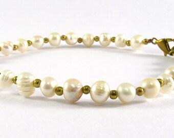 7.5 inches Pearl Bracelet, Freshwater Pearl, Wedding Bracelet, Classic Bracelet, Ivory Pearl Bracelet, Pearl Bridal Bracelet