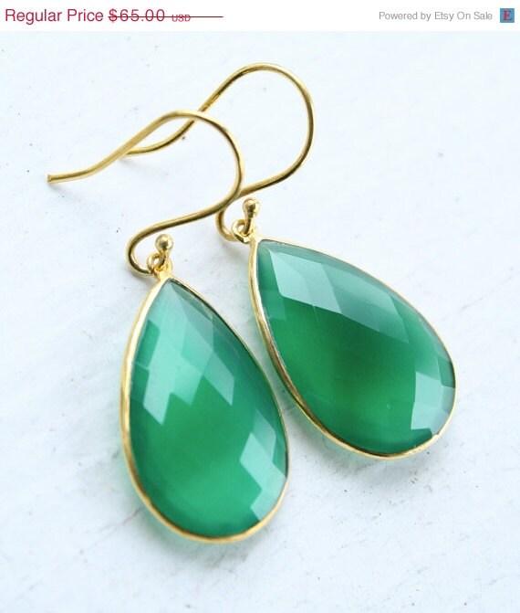 Green Onyx Teardrop Earrings - Emerald Green - Glowing Green