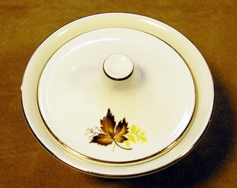 TST Leaf o' Gold 1950s sugar bowl with lid in pale chartreuse: Falling for Fall