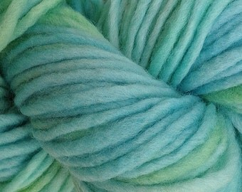 Bulky / Chunky Weight Hand Painted Wool Yarn Pencil Roving in Ocean Tide 60 yards